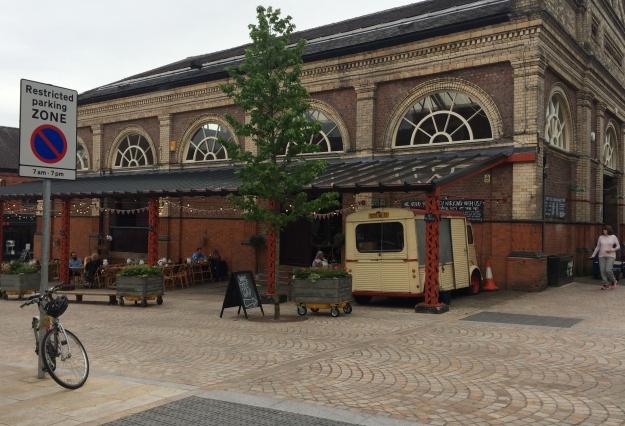 Altrincham_market